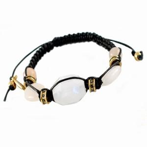 Knyttet armbånd med facet perler – pris 250.00