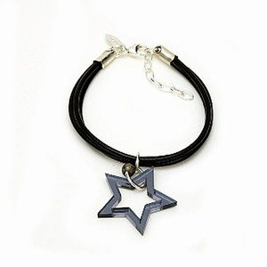 Læderarmbånd med stjerne