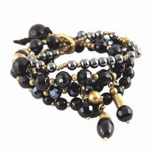 Sorte perle armbånd – sæt med 4 stk. – pris 229.00