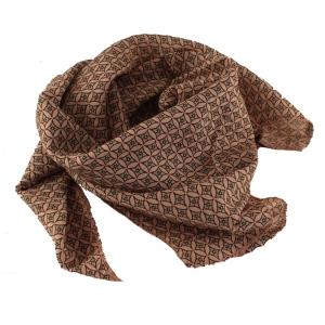 Tørklæde – rosa – pris 150.00
