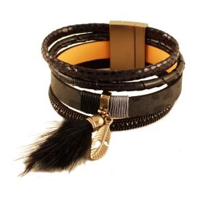 Sort armbånd med kvast – pris 199.00